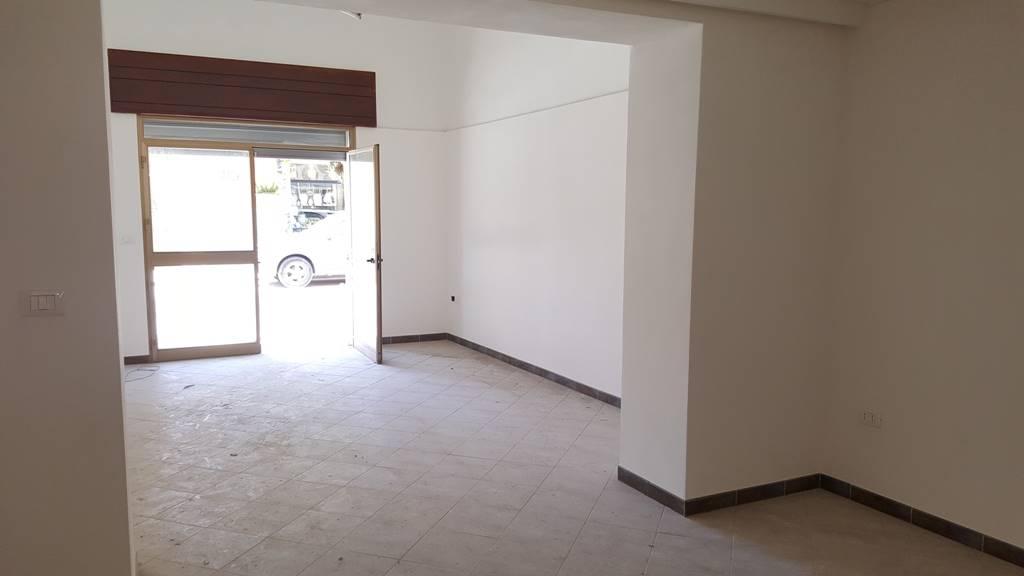 Negozio / Locale in affitto a Marsala, 1 locali, zona Località: LATO MAZARA, prezzo € 520 | CambioCasa.it