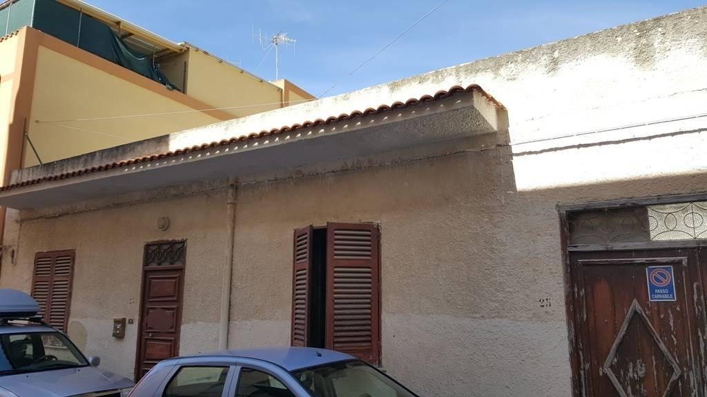 Soluzione Indipendente in vendita a Marsala, 5 locali, zona Località: CENTRO, prezzo € 65.000 | Cambio Casa.it