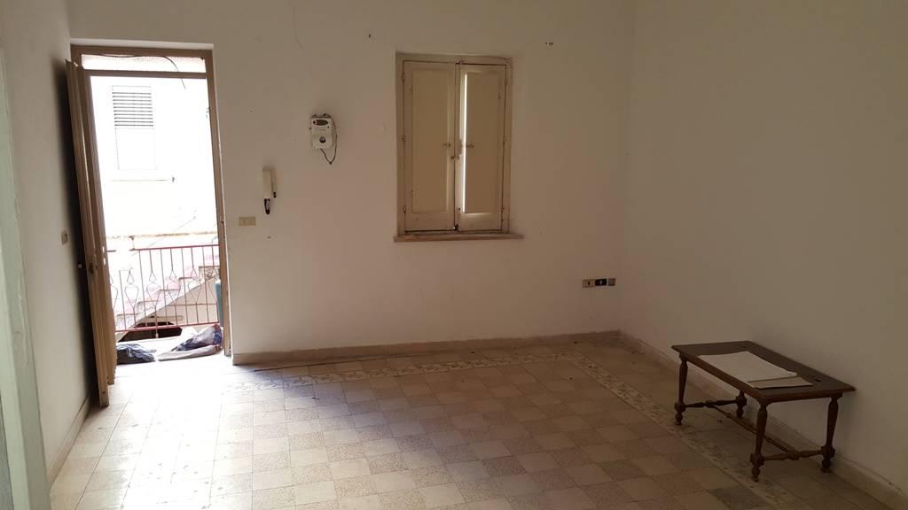 Soluzione Indipendente in vendita a Marsala, 4 locali, zona Località: CENTRO STORICO, prezzo € 30.000 | CambioCasa.it