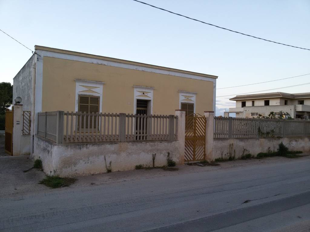 Soluzione Indipendente in vendita a Marsala, 5 locali, zona Località: LATO TRAPANI, prezzo € 90.000 | CambioCasa.it