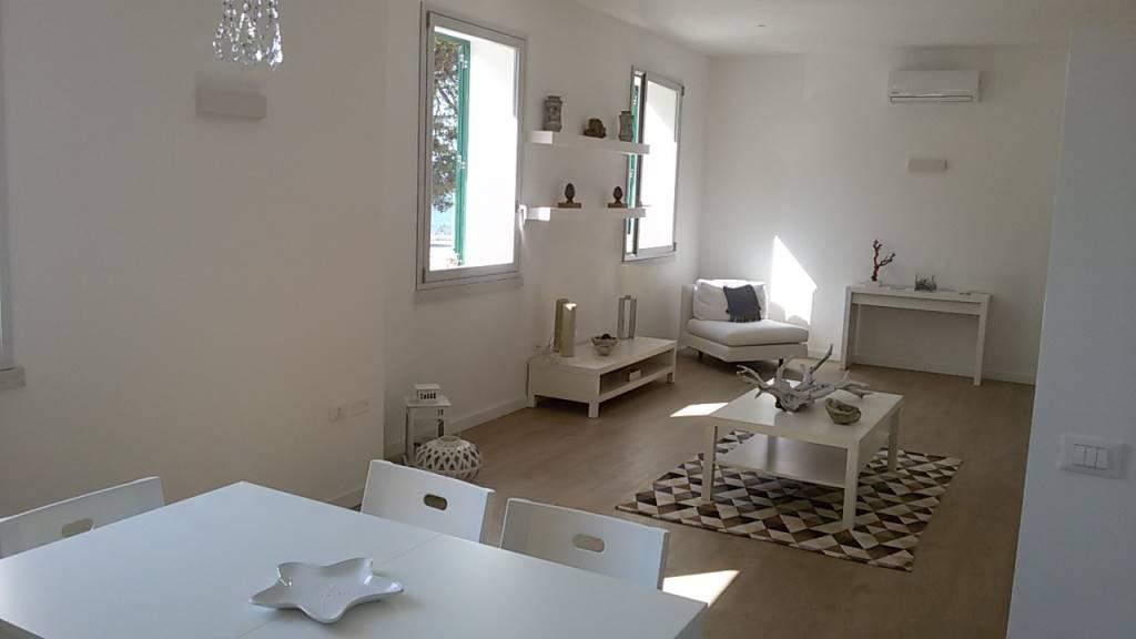 Appartamento in affitto a Marsala, 5 locali, zona Località: CENTRO STORICO, prezzo € 550 | CambioCasa.it