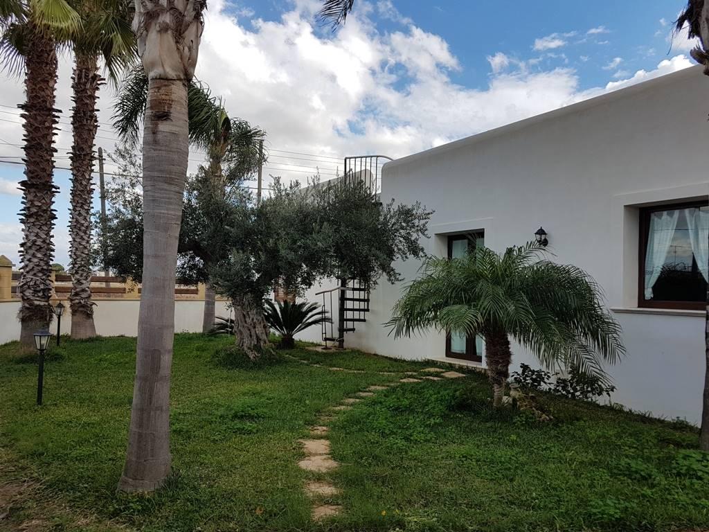 Villa in affitto a Marsala, 4 locali, zona Località: LATO MAZARA, prezzo € 500   CambioCasa.it