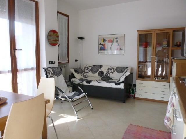 Appartamento in vendita a Arona, 2 locali, zona Zona: Dagnente, prezzo € 88.000 | CambioCasa.it