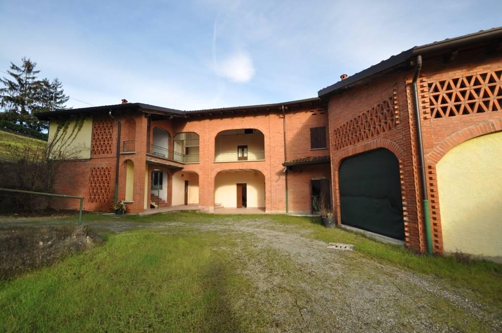 Case palazzago compro casa palazzago in vendita e affitto for Affitto villa bergamo