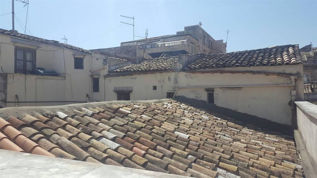 Vendita appartamento centro storico palermo da for Appartamento centro storico palermo