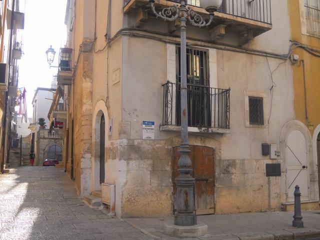Soluzione Indipendente in vendita a Palo del Colle, 1 locali, prezzo € 38.000 | Cambiocasa.it