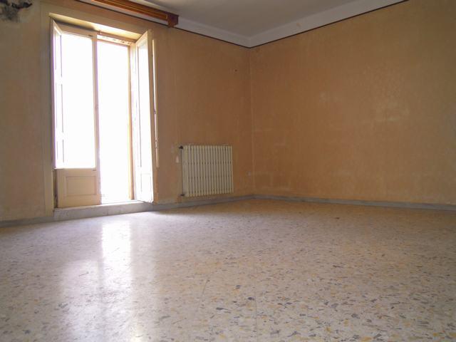 Soluzione Indipendente in vendita a Palo del Colle, 4 locali, prezzo € 85.000   Cambiocasa.it