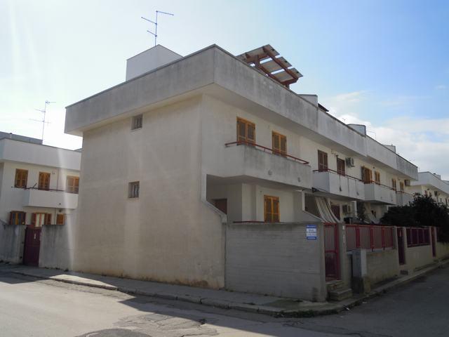 Villa a Schiera in vendita a Palo del Colle, 4 locali, prezzo € 180.000 | Cambiocasa.it