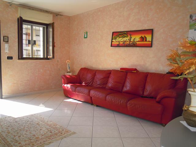 Appartamento indipendente in Via Martin Luter King, Palo Del Colle