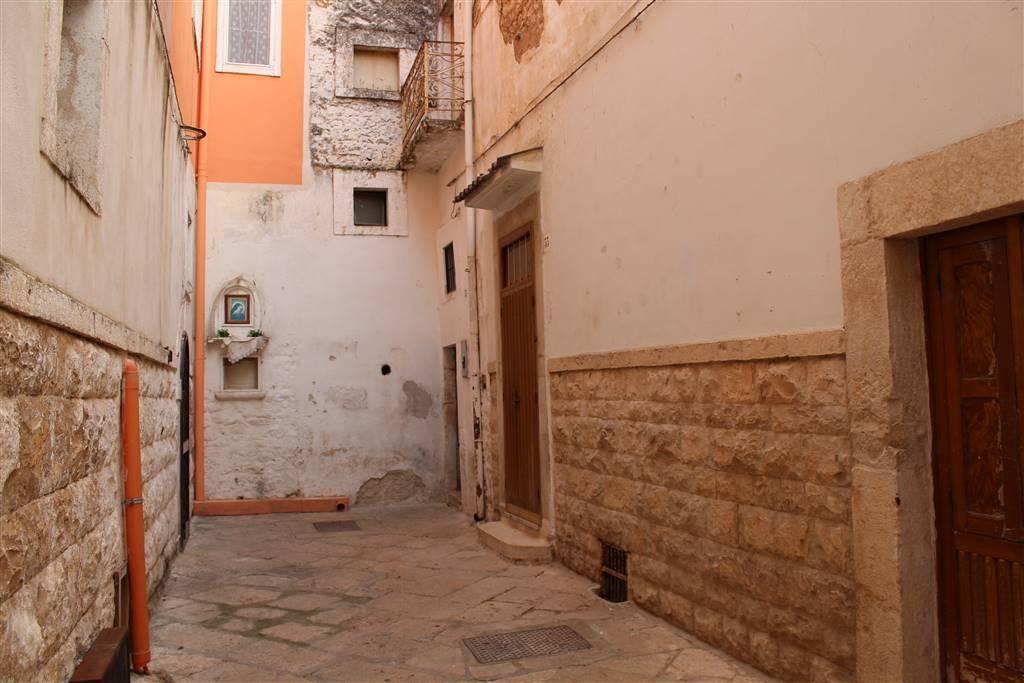 Appartamento in vendita a Grumo Appula, 1 locali, prezzo € 9.000   CambioCasa.it