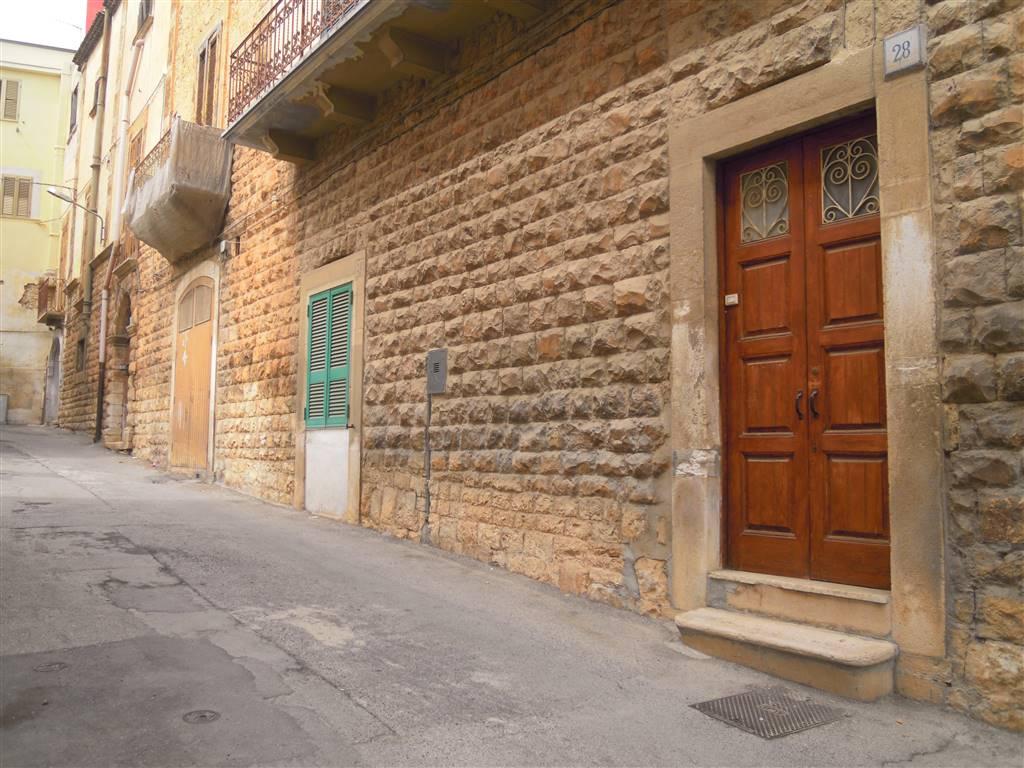 Appartamento indipendente in Via T. Tasso, Palo Del Colle