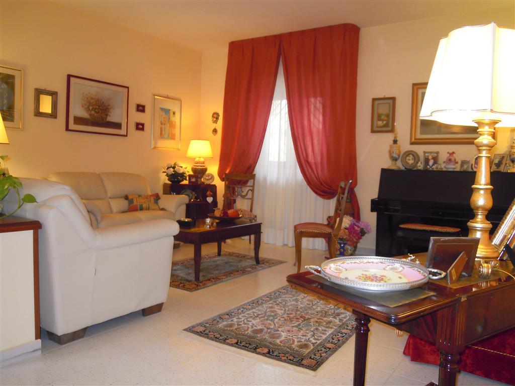 Appartamento indipendente in Via Piepoli, Bitonto