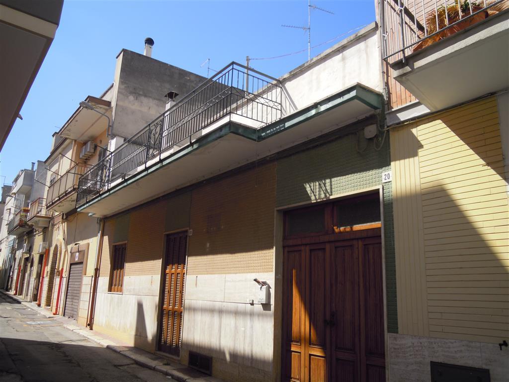 Soluzione Indipendente in vendita a Palo del Colle, 4 locali, prezzo € 110.000 | Cambio Casa.it