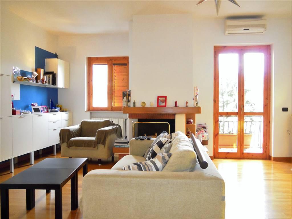 Appartamento in vendita a Palo del Colle, 3 locali, prezzo € 155.000 | CambioCasa.it