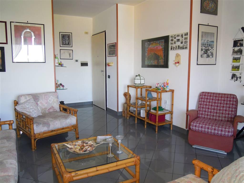 Quadrilocale in Via Berlinguer, Palo Del Colle
