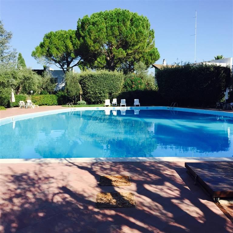 Villa in vendita a Palo del Colle, 5 locali, prezzo € 350.000 | CambioCasa.it