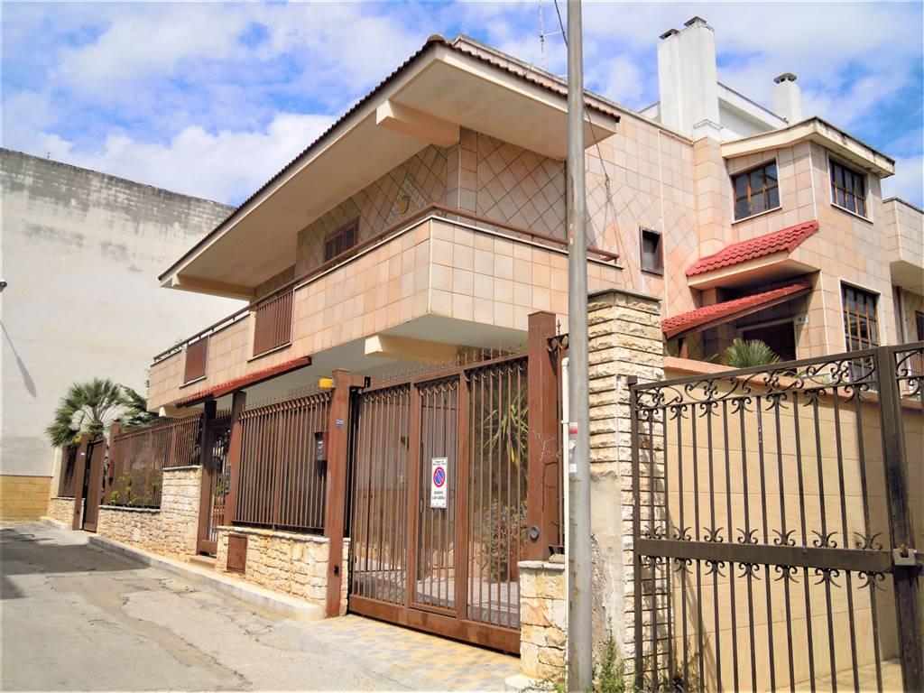 Soluzione Indipendente in vendita a Palo del Colle, 6 locali, prezzo € 365.000 | CambioCasa.it