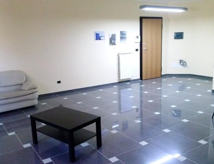 Ufficio / Studio in vendita a Altamura, 3 locali, zona Località: VIA MATERA, prezzo € 170.000 | Cambiocasa.it
