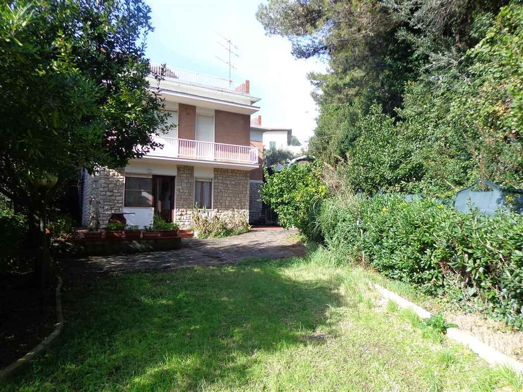 Soluzione Indipendente in vendita a Livorno, 4 locali, zona Zona: Quercianella, prezzo € 190.000 | Cambio Casa.it