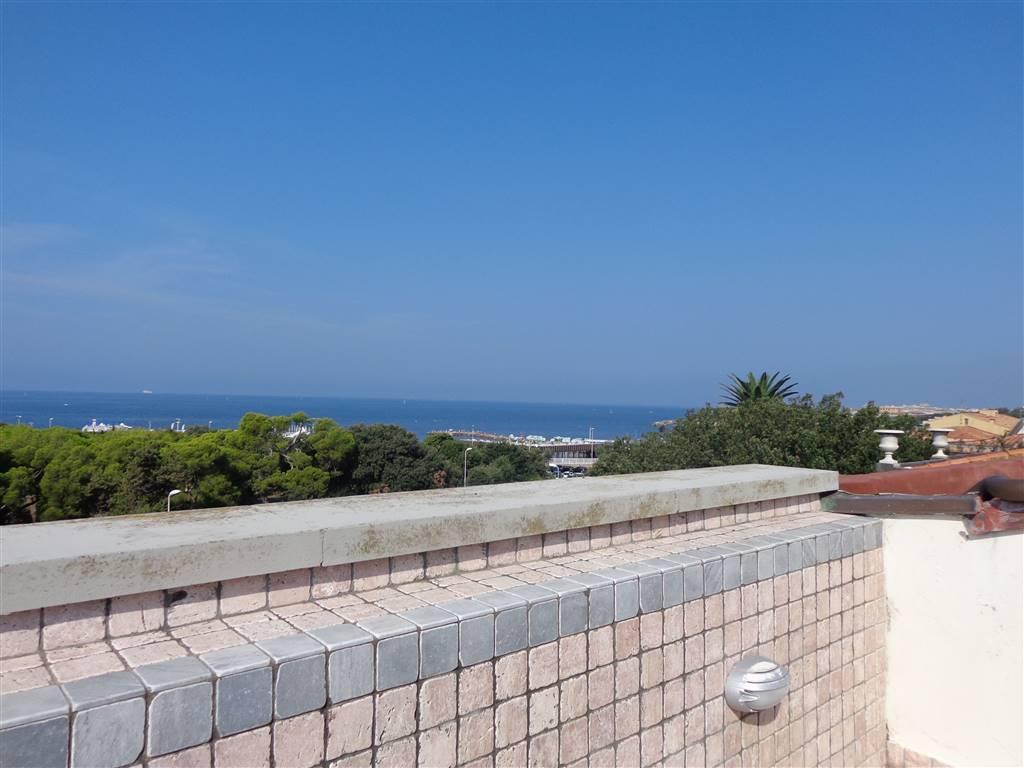 Attico / Mansarda in Affitto a Livorno