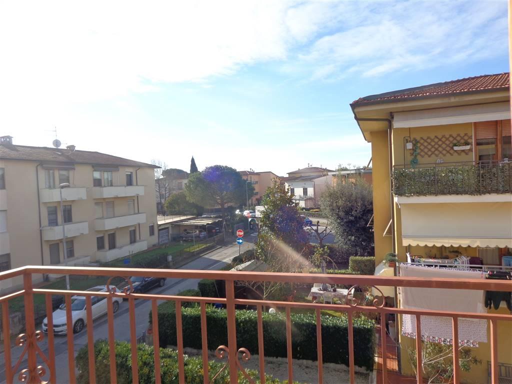 Appartamento in vendita a San Giuliano Terme, 4 locali, prezzo € 139.000 | Cambio Casa.it