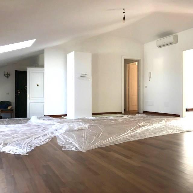 Appartement mansardéauFORTE DEI MARMI