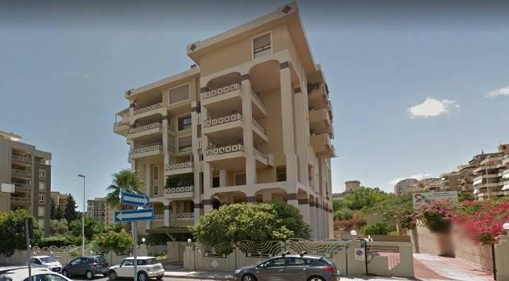 garage-Box-posto auto  in Vendita a Cagliari