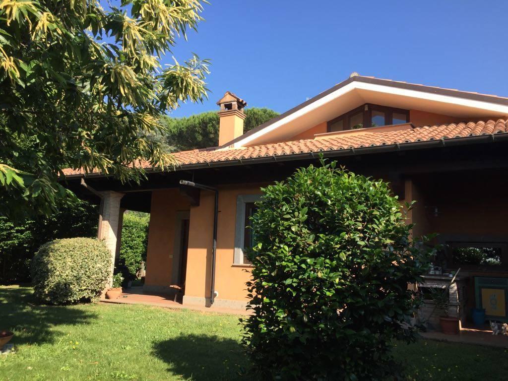 Villa VIA DEGLI ARCIONI 32  a Lariano