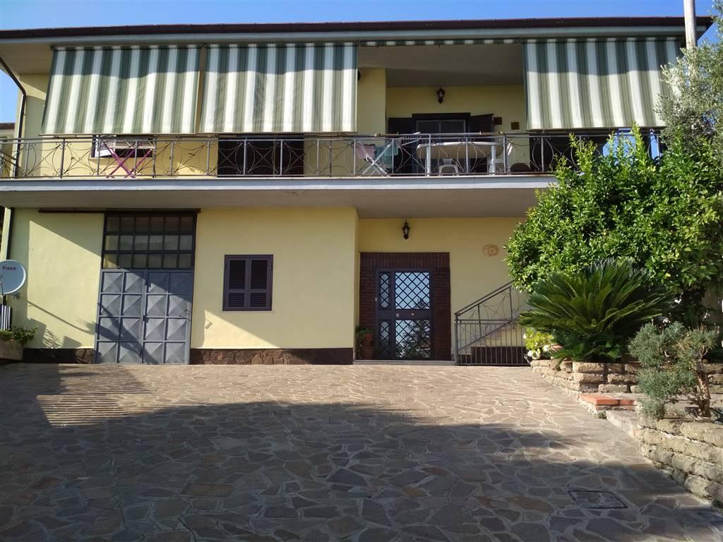 Villa bifamiliare Via del Formello  a Velletri
