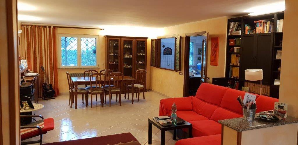 Villa bifamiliare a Velletri