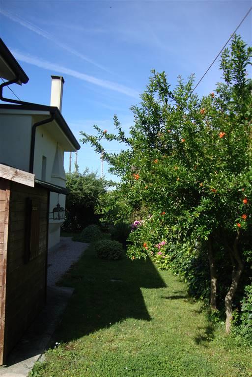 Soluzione Indipendente in vendita a Treviso, 6 locali, zona Zona: Fuori Mura, prezzo € 600.000   CambioCasa.it