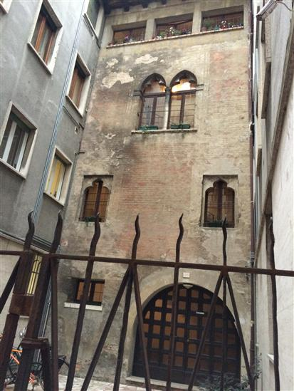 Negozio / Locale in vendita a Treviso, 9999 locali, zona Zona: Centro storico, prezzo € 290.000 | Cambio Casa.it