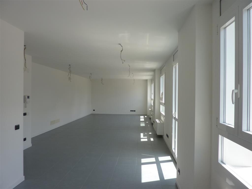 Ufficio / Studio in affitto a Treviso, 9999 locali, zona Zona: Fuori Mura, prezzo € 900 | Cambio Casa.it