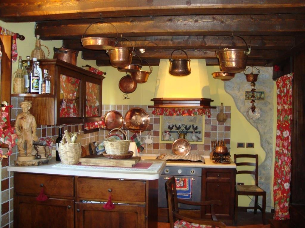 Rustico / Casale in Vendita a Sarmede
