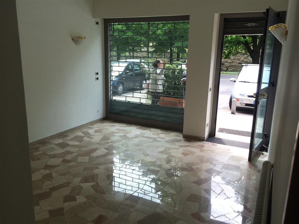 Negozio / Locale in affitto a Treviso, 1 locali, prezzo € 500 | Cambio Casa.it
