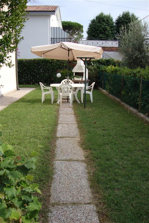 Soluzione Indipendente in vendita a Treviso, 8 locali, prezzo € 275.000 | Cambio Casa.it