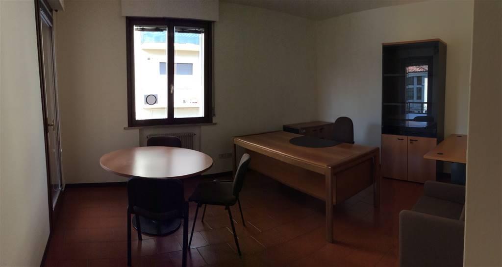 Ufficio / Studio in affitto a Treviso, 7 locali, zona Zona: Fuori Mura, prezzo € 1.000 | Cambio Casa.it