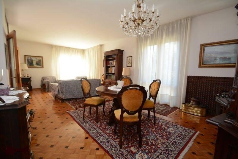 Villa Bifamiliare in Vendita a Treviso