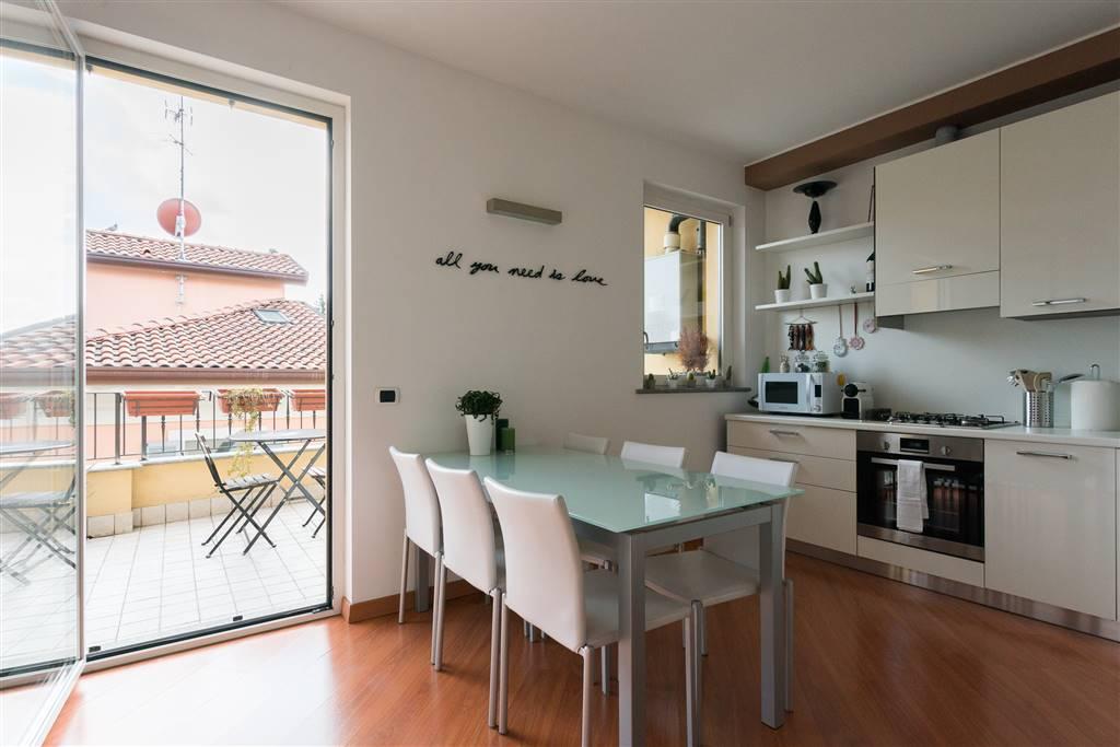 Appartamento in Vendita a Monza: 2 locali, 87 mq - Foto 2