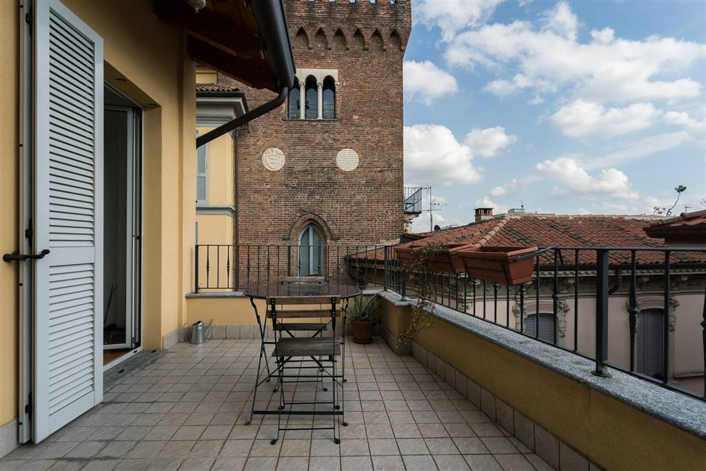 Appartamento in Vendita a Monza:  2 locali, 87 mq  - Foto 1