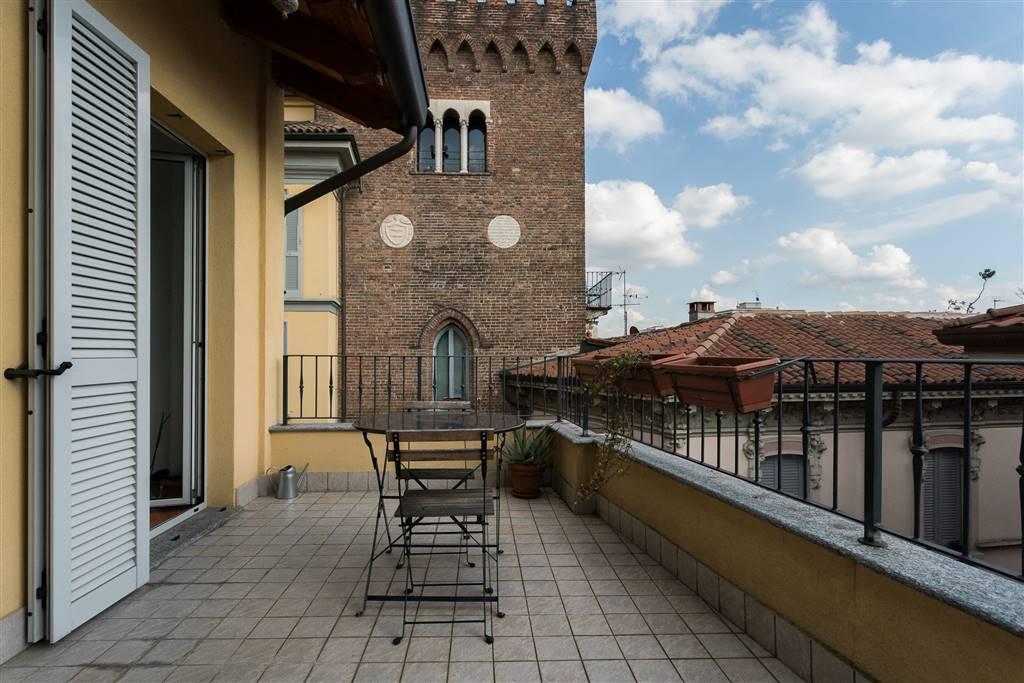 Appartamento in Vendita a Monza via lambro