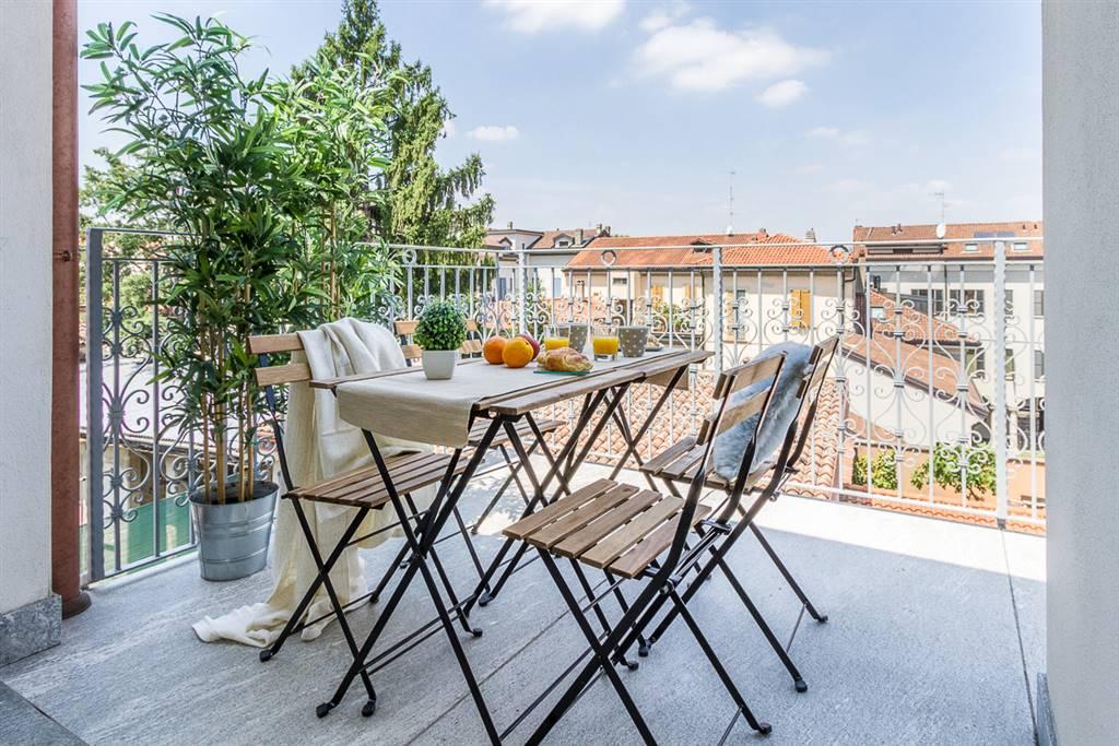 Appartamento in Vendita a Monza: 5 locali, 219 mq