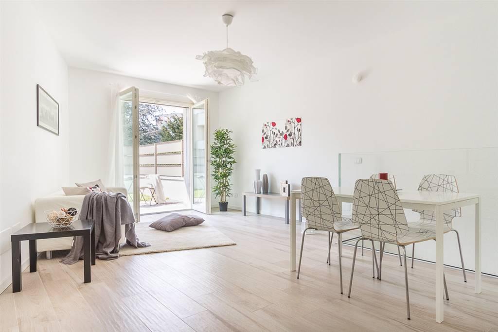 Appartamento in Vendita a Monza: 3 locali, 124 mq