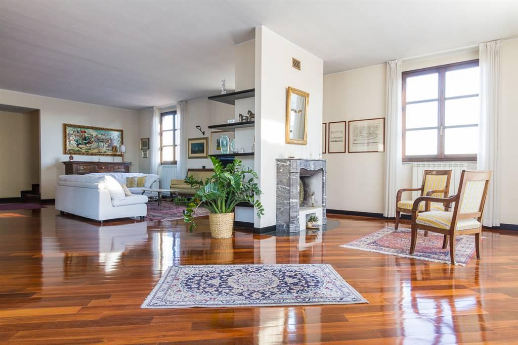 Appartamento in Vendita a Monza:  5 locali, 450 mq  - Foto 1