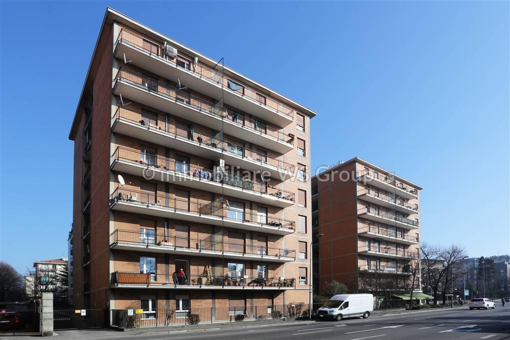 Appartamento in Vendita a Monza: 3 locali, 83 mq
