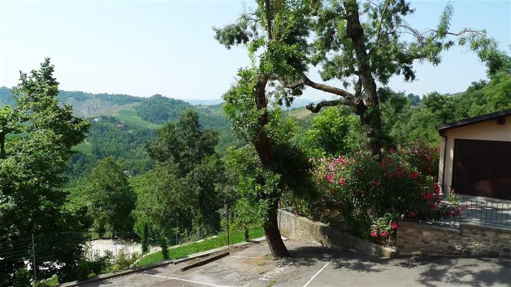 Appartamento in vendita a Valsamoggia, 3 locali, zona Località: MONTEBUDELLO, prezzo € 79.000 | CambioCasa.it
