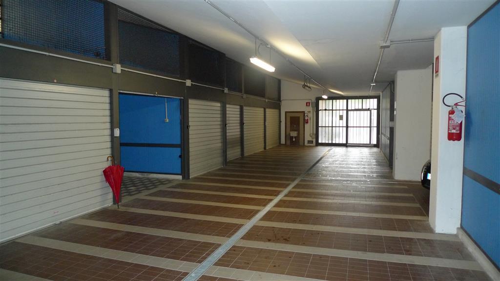 Box / Garage in affitto a Bologna, 1 locali, zona Zona: 9 . Galvani, prezzo € 450 | CambioCasa.it