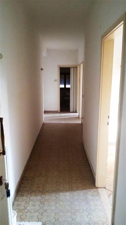 Appartamento in vendita a Vicchio, 3 locali, zona Località: CASELLE, prezzo € 75.000 | CambioCasa.it