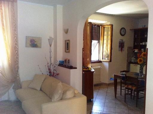 Appartamento in vendita a Scarperia e San Piero, 5 locali, prezzo € 175.000 | CambioCasa.it