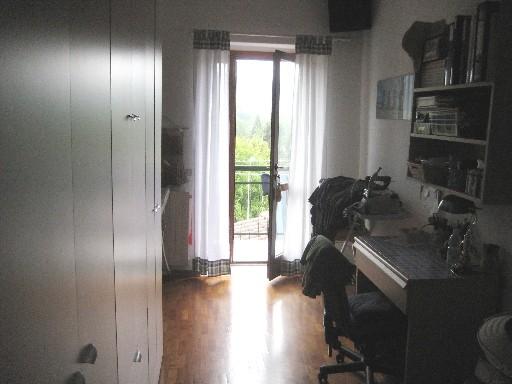Appartamento in vendita a Vicchio, 4 locali, zona Località: PAESE, prezzo € 98.000 | Cambio Casa.it